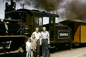 Earle, Nancy - Earl, Jr. at Edaville